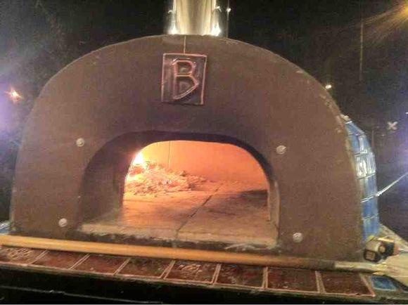 Bola pizza yay!